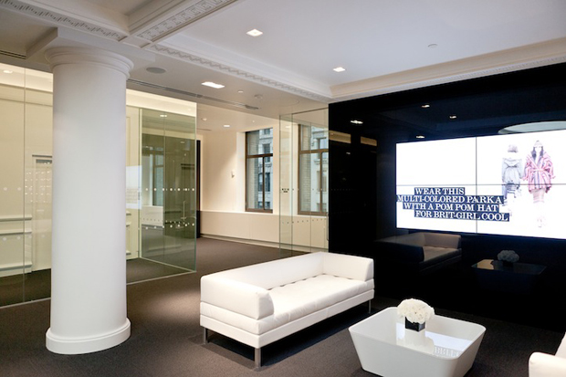 a-look-inside-net-a-porter-nyc-office-2 net-a-porter NET-A-PORTER – New York City Office a look inside net a porter nyc office 2