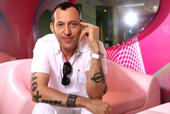 Karim_Rachid_Interior_Design  Karim Rashid – The One Man Show of Design 06 kurve1 lg