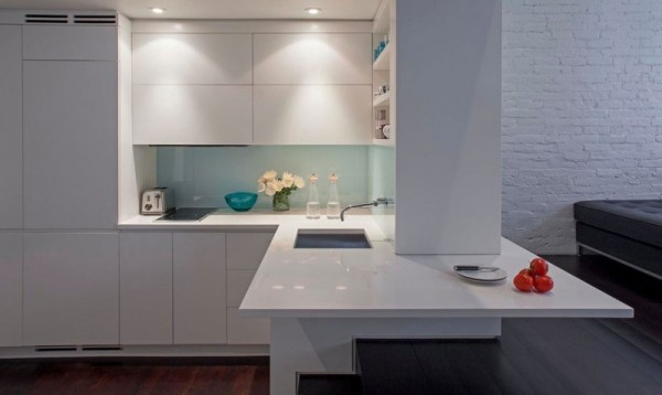 Manhattan-Micro-Loft-white-corner-kitchen-new-york-design-agenda apartment in new york How to Decorate a Small Apartment in New York Manhattan Micro Loft white corner kitchen