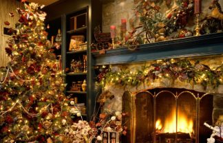 10 ideas for design Christmas Presents_Christmas-Tree-Fireplace-1024-127315 (1)