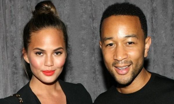 NY City Home - John Legend & Chrissy Teigen  NY City Home – John Legend & Chrissy Teigen NY City Home John Legend Chrissy Teigen Feature