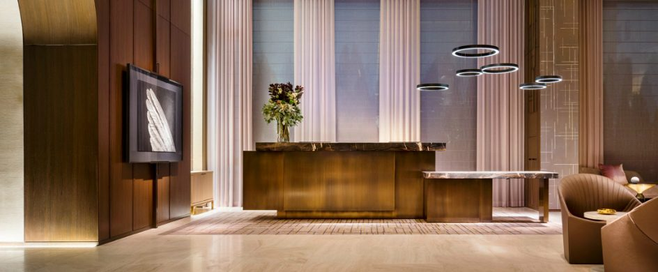 Yabu Pushelberg designed the interiors of Four Seasons Downtown New York Yabu Pushelberg Yabu Pushelberg designed the interiors of Four Seasons Downtown New York four seasons downtown yabu pushelberg interiors hotels new york usa dezeen 2364 col 1 944x390