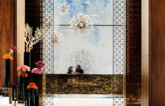 hotel lobbies Luxury Guide: The World's Top 7 Hotel Lobbies Luxury Guide The Worlds Top 7 Hotel Lobbies 324x208